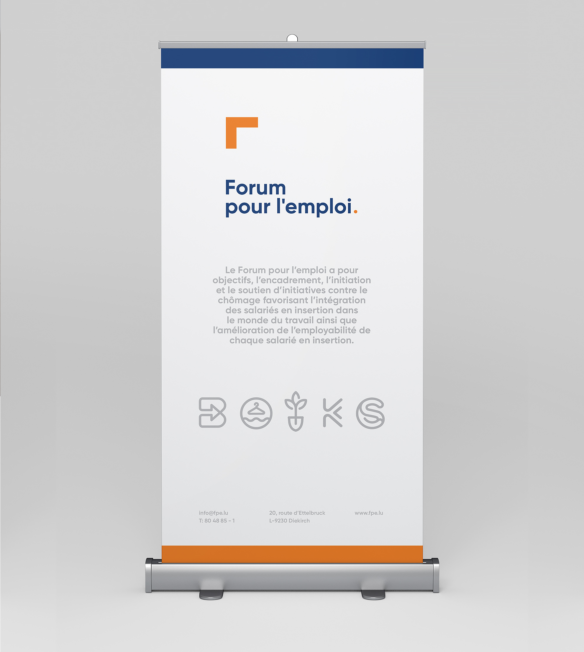 Forum pour l'emploi roll-up