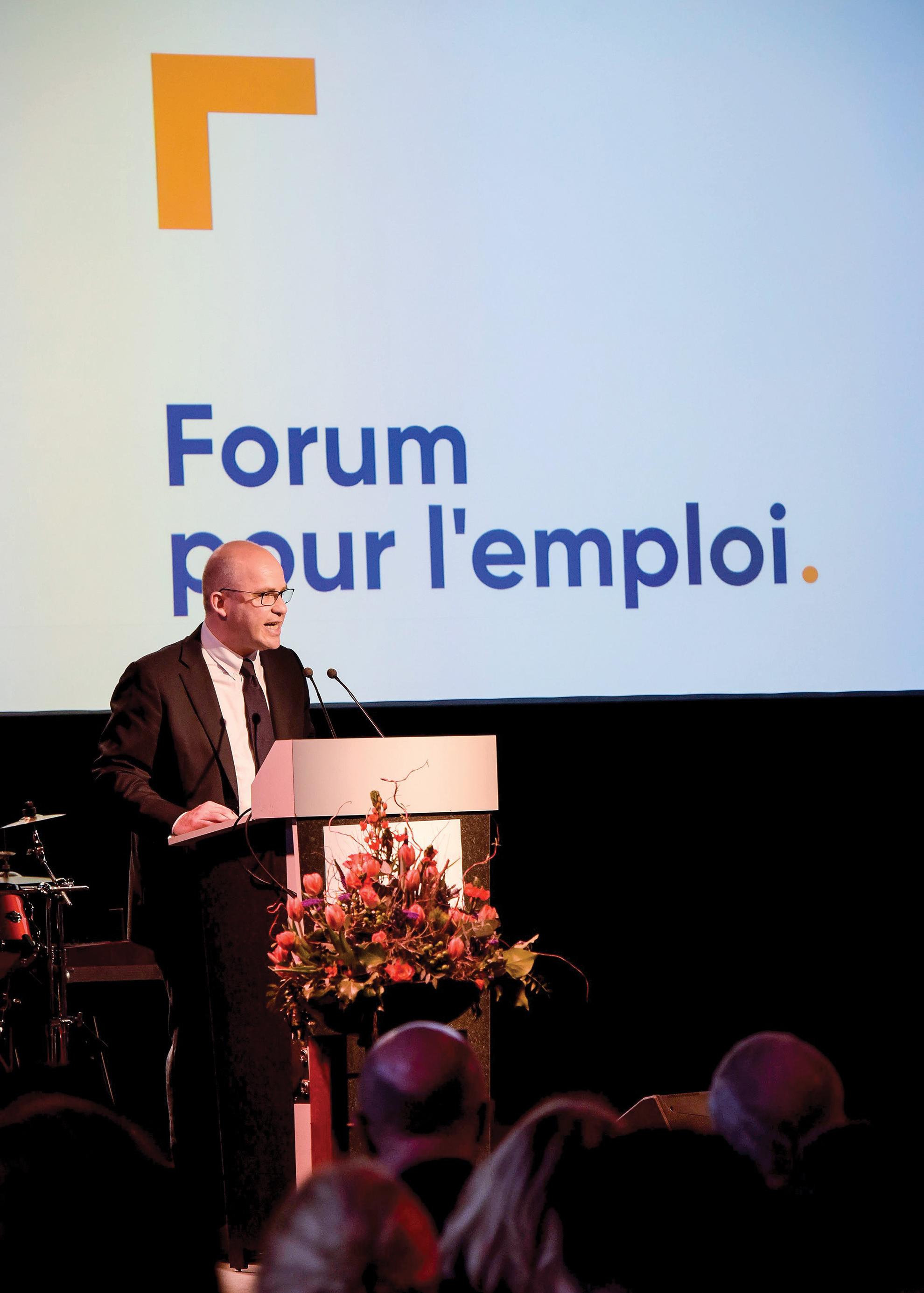 Forum pour l'emploi - Logo 20 ans